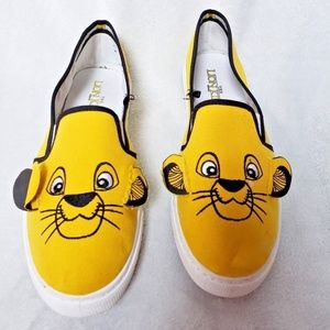 Hot Topic Disney The Lion King Simba 3D Sneakers